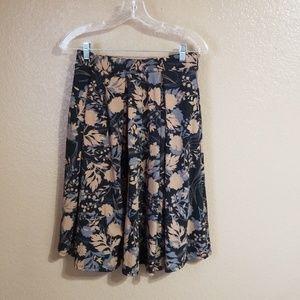 LulaRoe Skirt with Pockets Black/Tan Floral Sz M